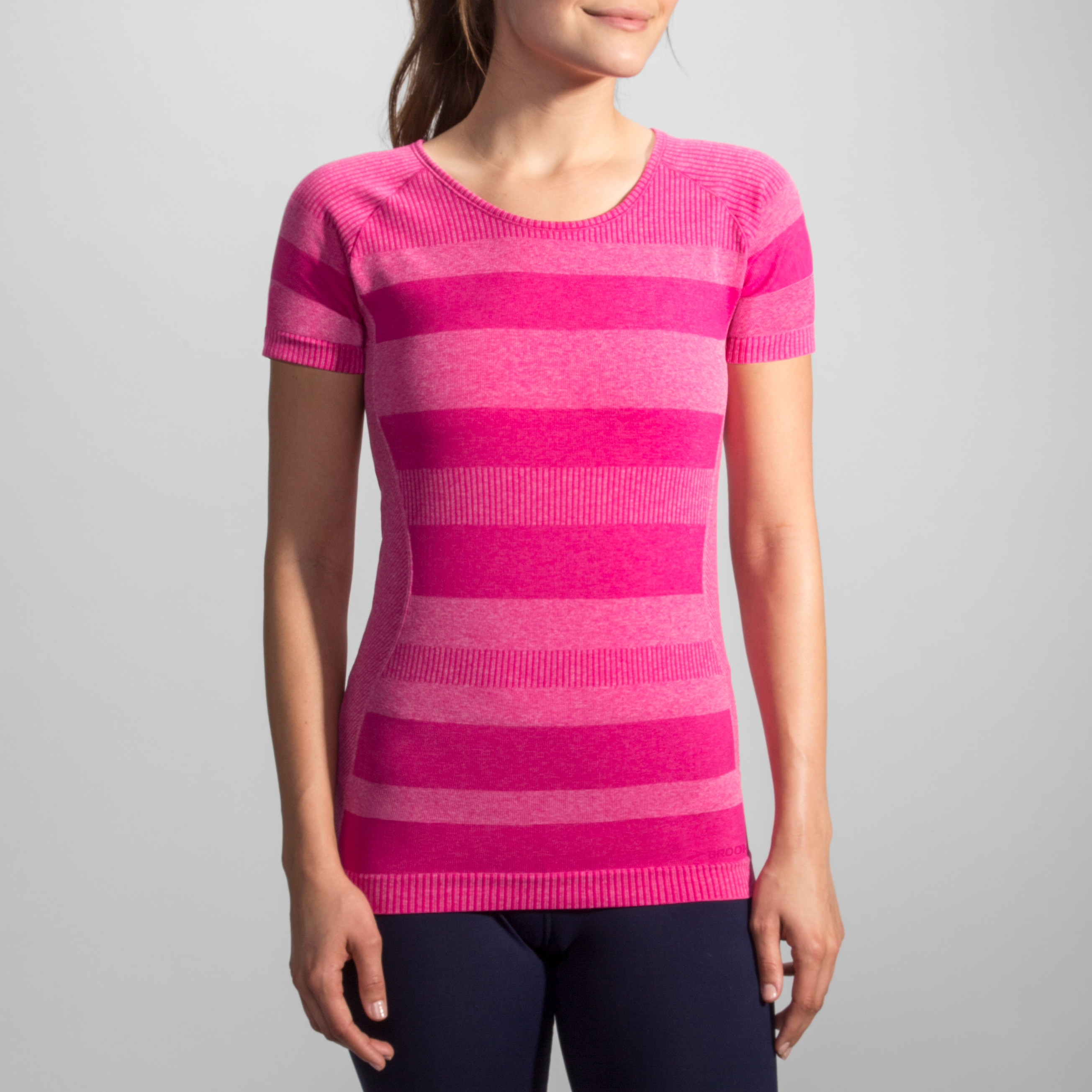 WOMEN'S BROOKS STREAKER SHORT SLEEVE